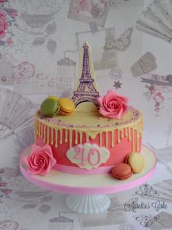 I love Paris cake.