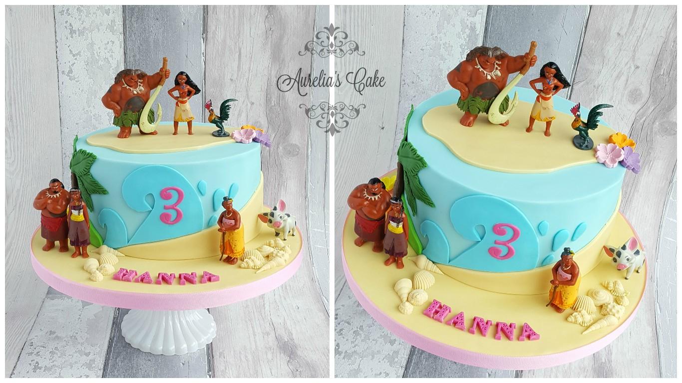 Moana cake.