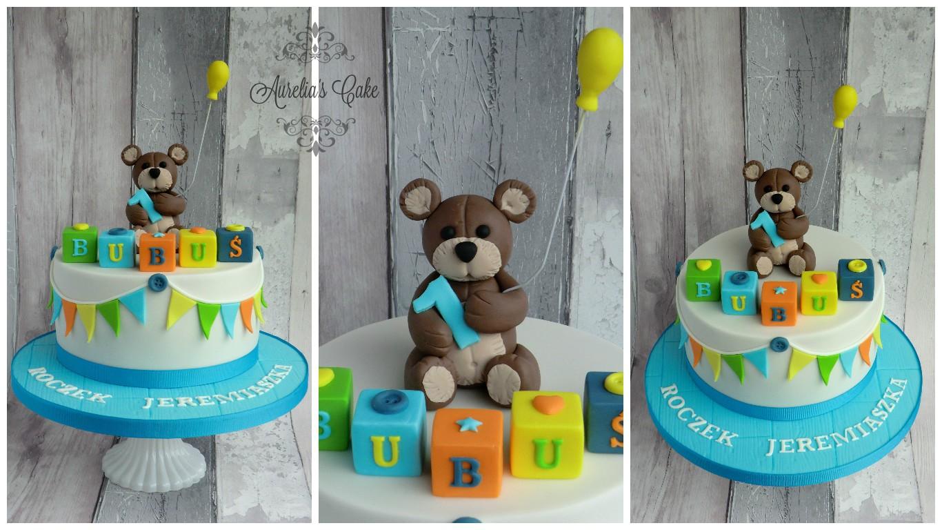 First birthday teddy bear cake.