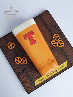Pint of Tennent's Cake
