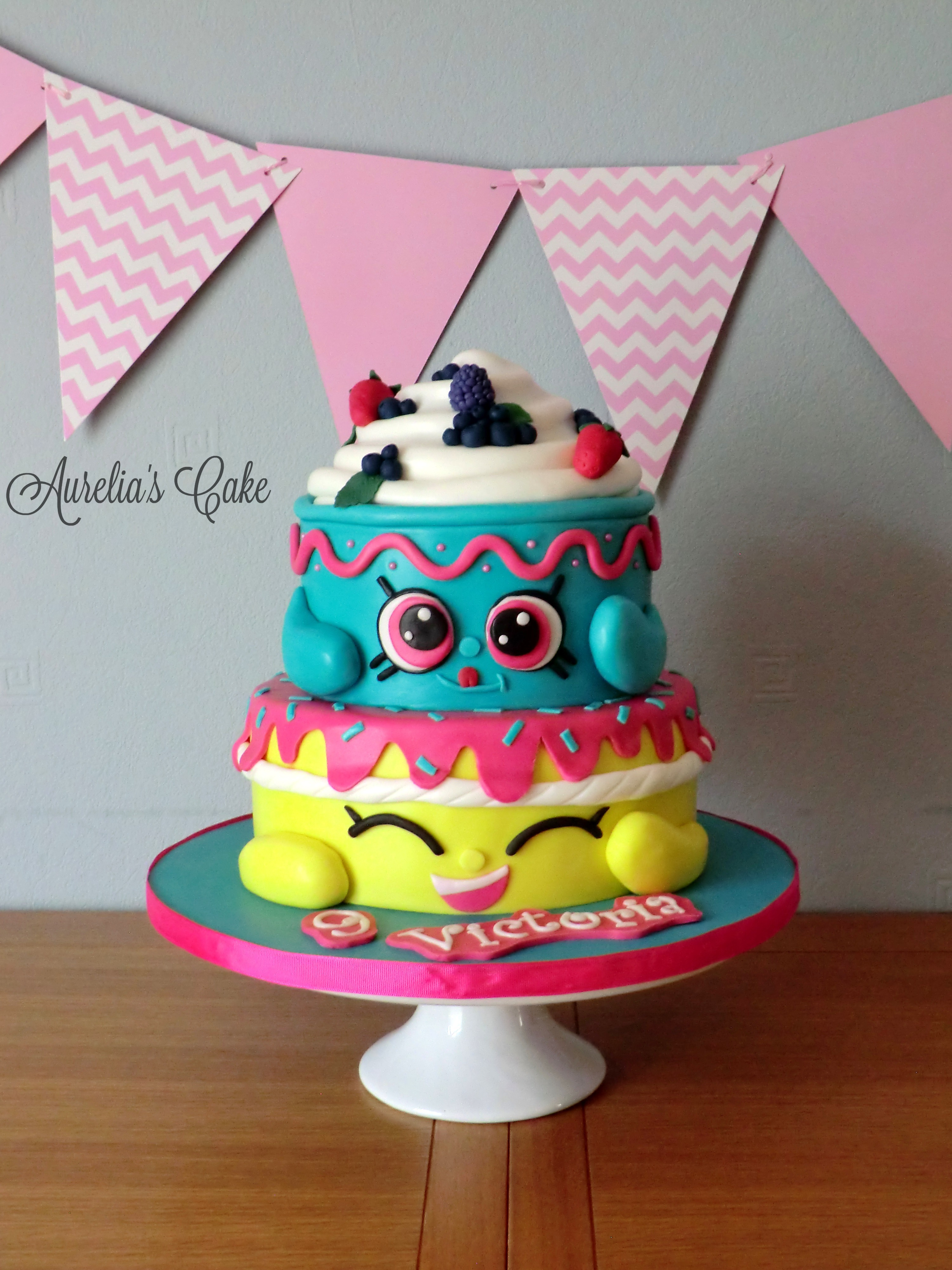 Shopkins cake.