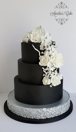 Wedding cake in black, white and silver