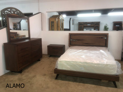 ALAMO BEDROOM ON FLOOR