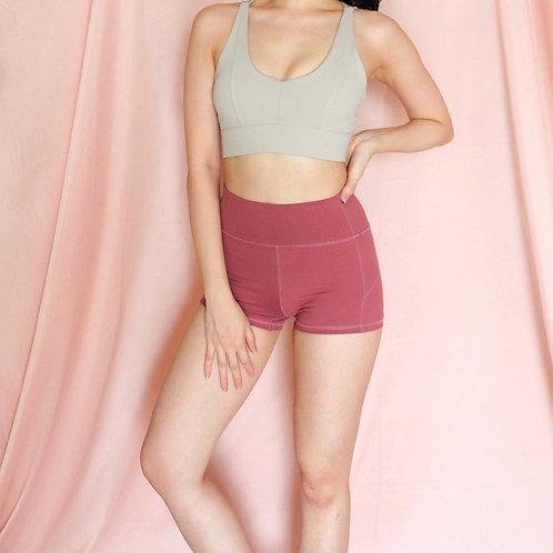 Naomi Basic Shorts in Cherry