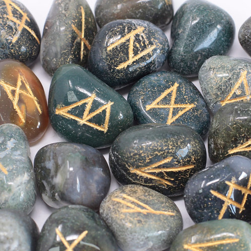 Runes Stone Set in Pouch - Moss Agate