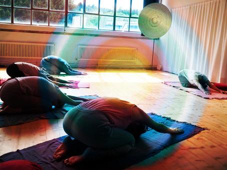 24.8. Yoga meets Art :: Kreis / Spirale / Wirbel ::