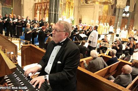 Cathedral Organist, Mr. Philip Faraone, KCHS