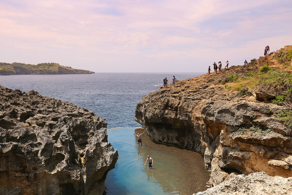 angel's billabong nusa penida pool in the ocean