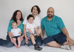 studio-family-portrait-white-background