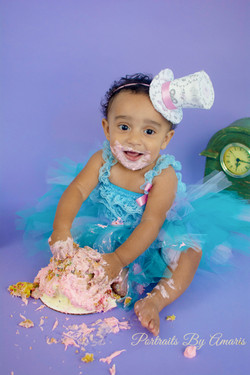 purple-blue-girl-cake-smash