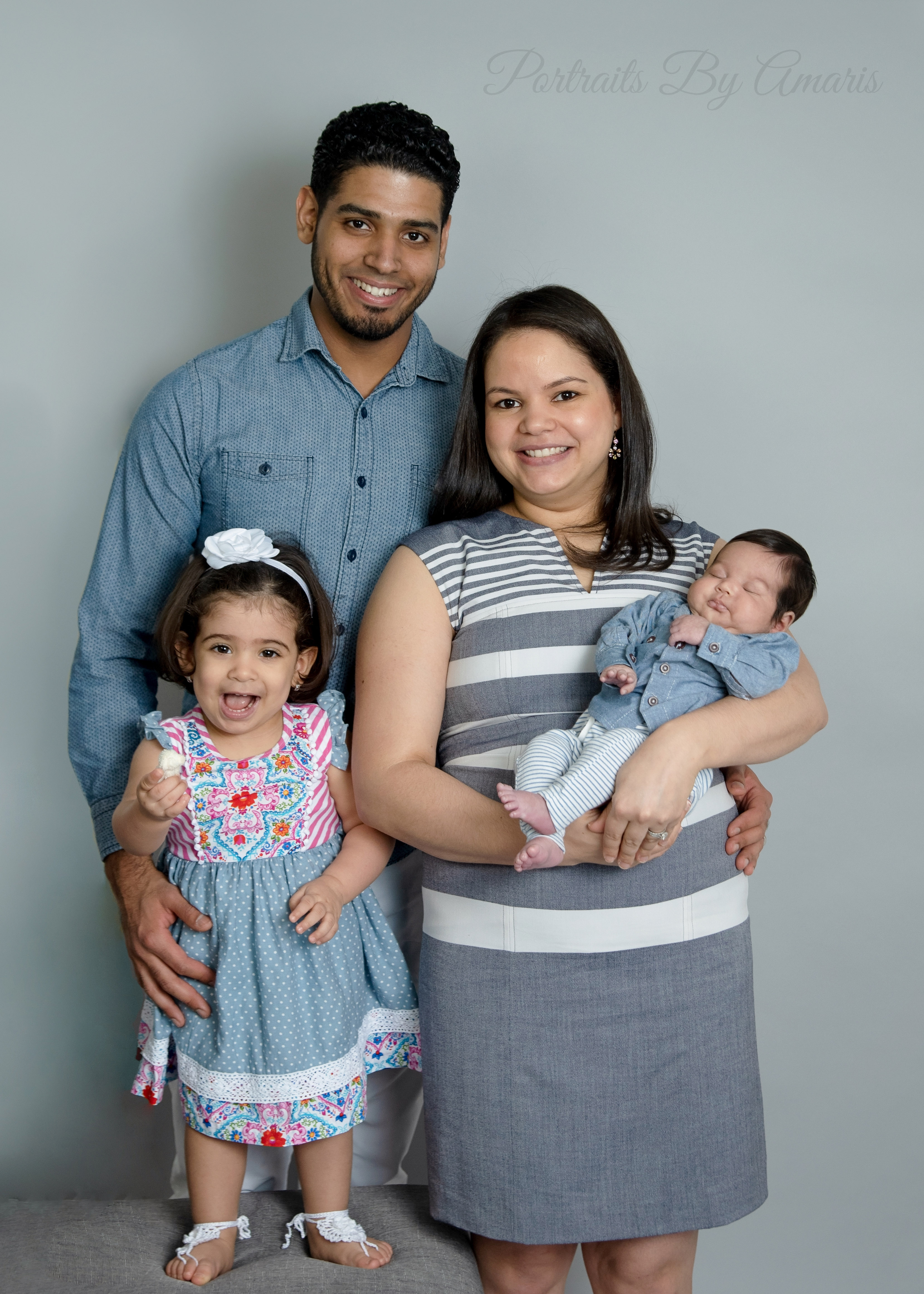 newborn-family-with-toddler
