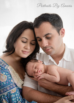 Parents_with_newborn