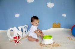 beach-cake-smash