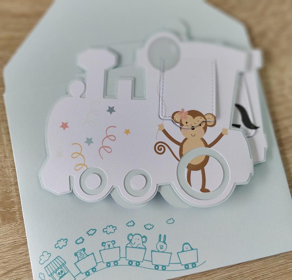 Carte d'invitation Petit train d'anniversaire, et son enveloppe coordonnée