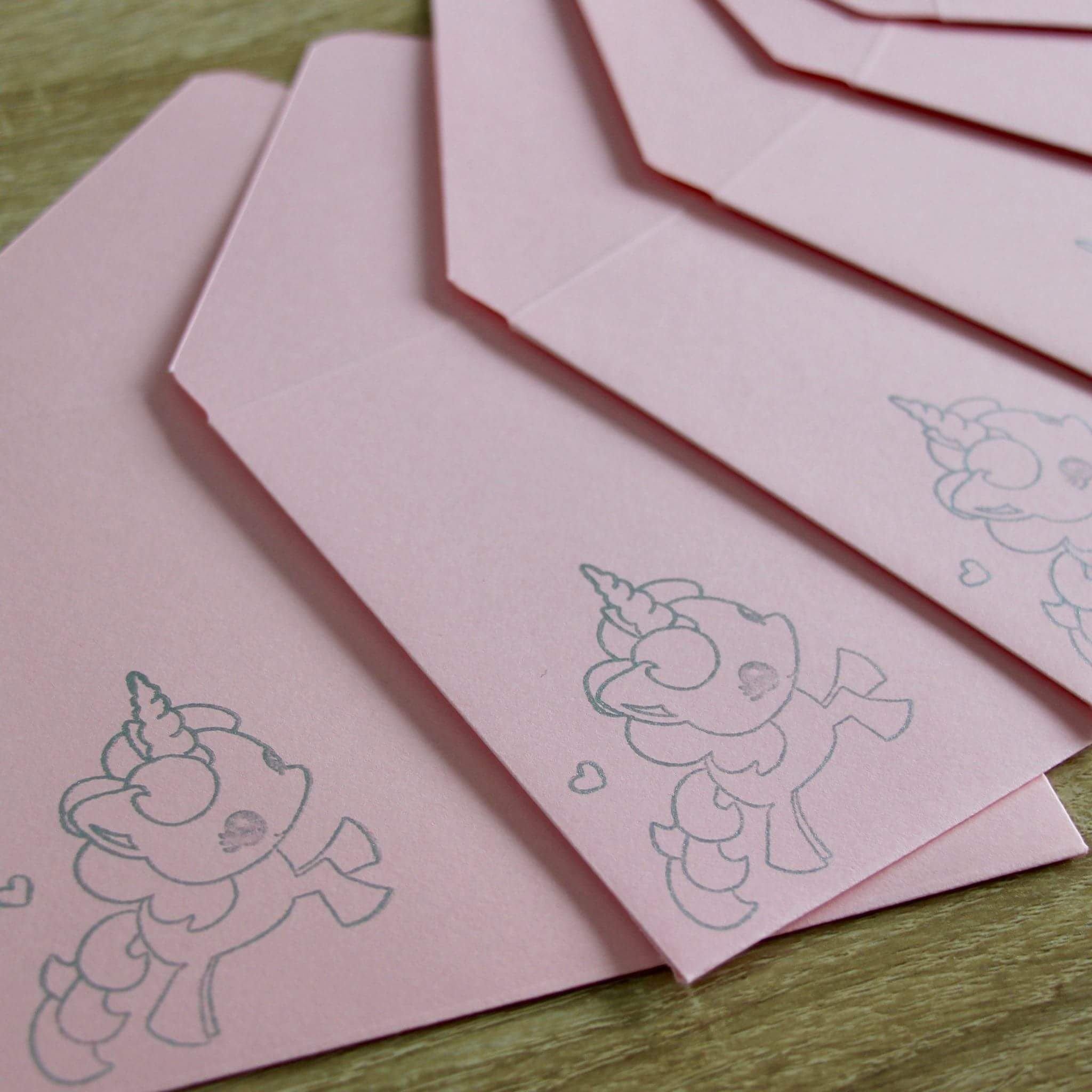 Enveloppes licornes