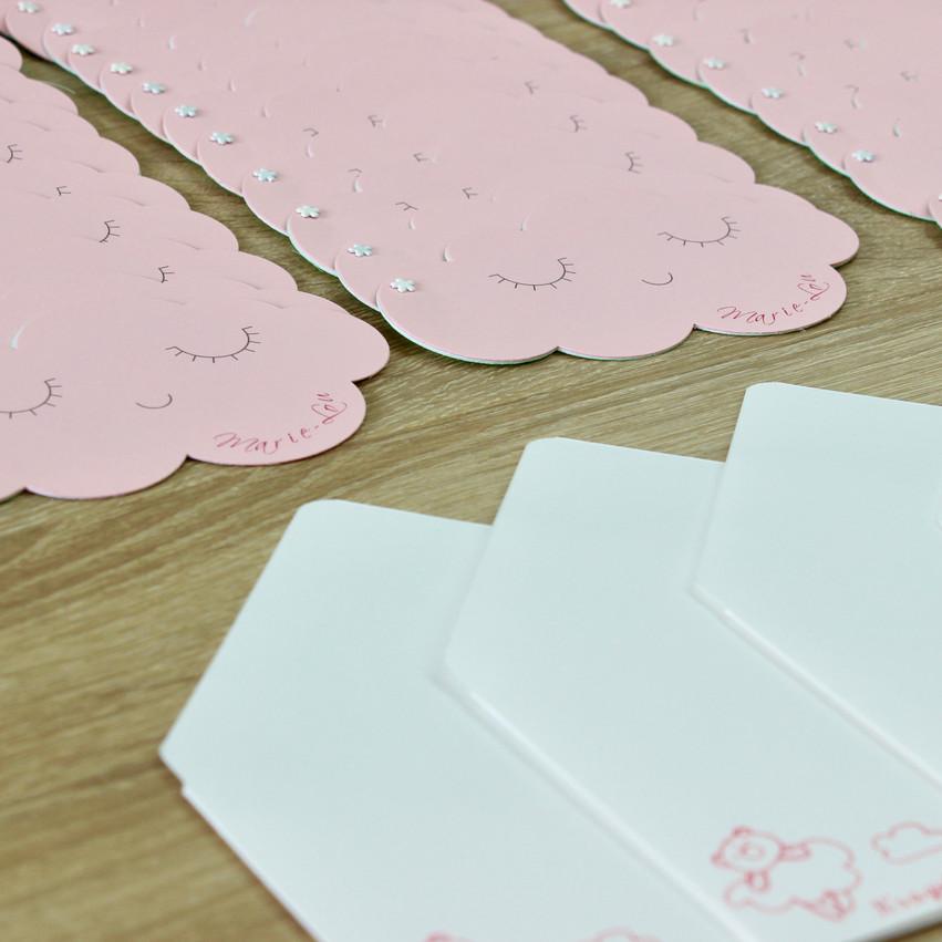 Faire-parts Nuages et enveloppes