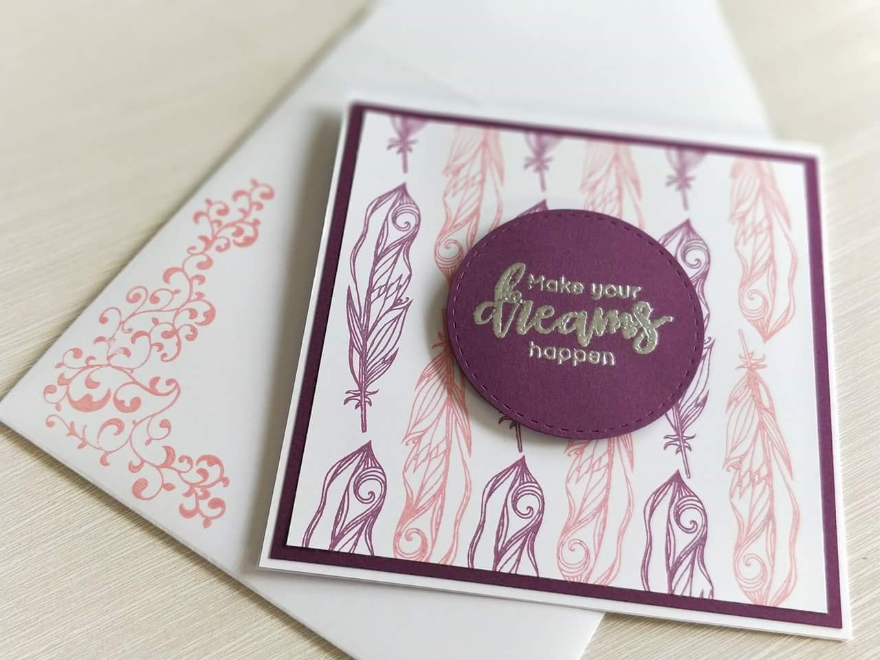 Carte plumes rose et violet
