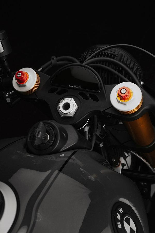 BMW R NINE T LEMOTOGRAPHE.jpg