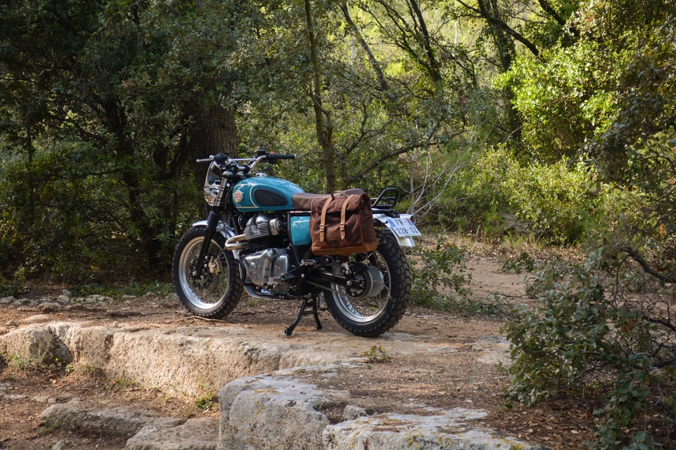 Le Motographe / Californian scrambler RE650