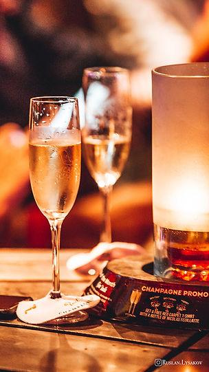 red-carpet-champagne-bar-8