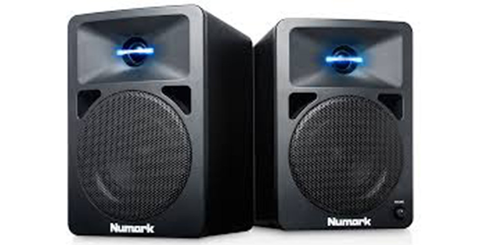 NUMARK N-Wave 580L powered speakers