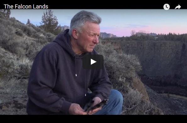 Cold War spy Christopher Boyce is interviewed by journalist Mark Davis for Dateline Australia.