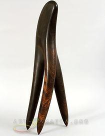 laura-facey-carter-comb-sculpture-web-ar