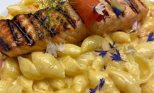 salmon mac & cheese.jpg