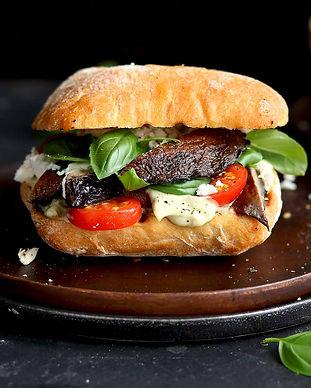 portobello-mushroom-sandwich-with-basil.