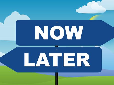Procrastinação: como ela atrasa a sua vida e como não deixá-la tomar o volante