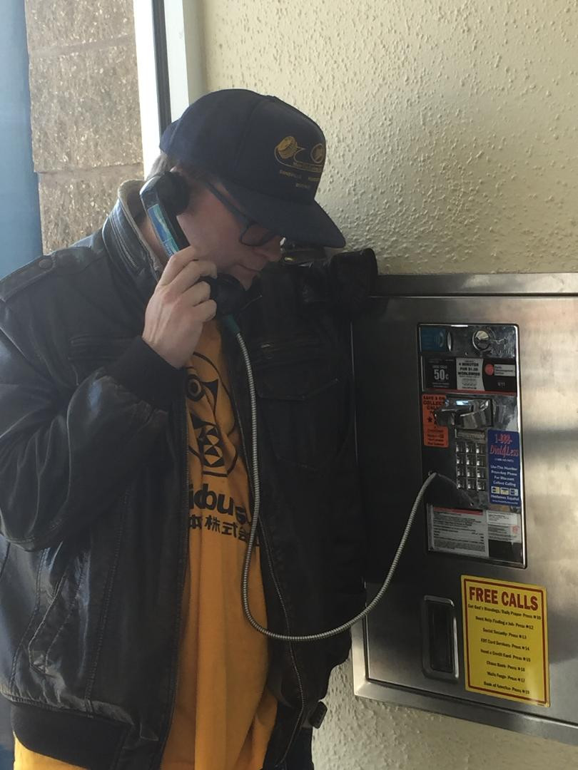 Bell Atlantic payphone at a mall.