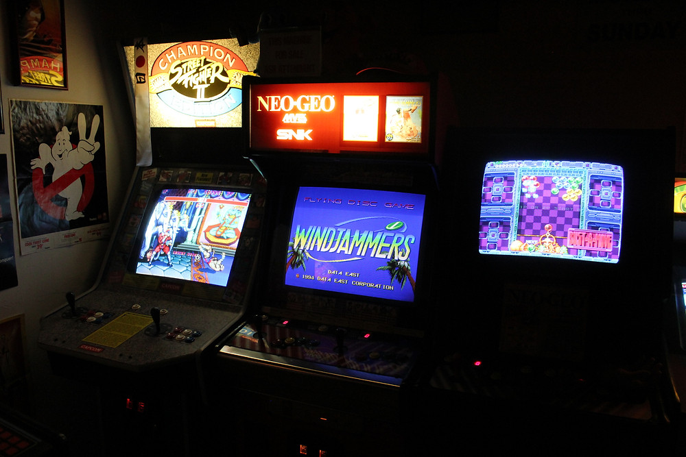 Arcade games: Street Fighter II Champion Edition, Windjammers, Bust-A-Move