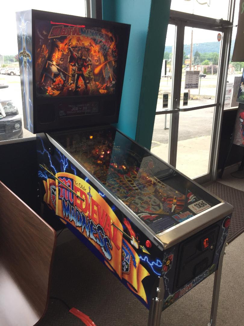 2015 Chicago Coin Williams Midieval Madness pinball machine reissue.