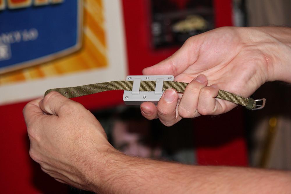 Playmates 1990 Dick Tracy 2-Way Wristwatch
