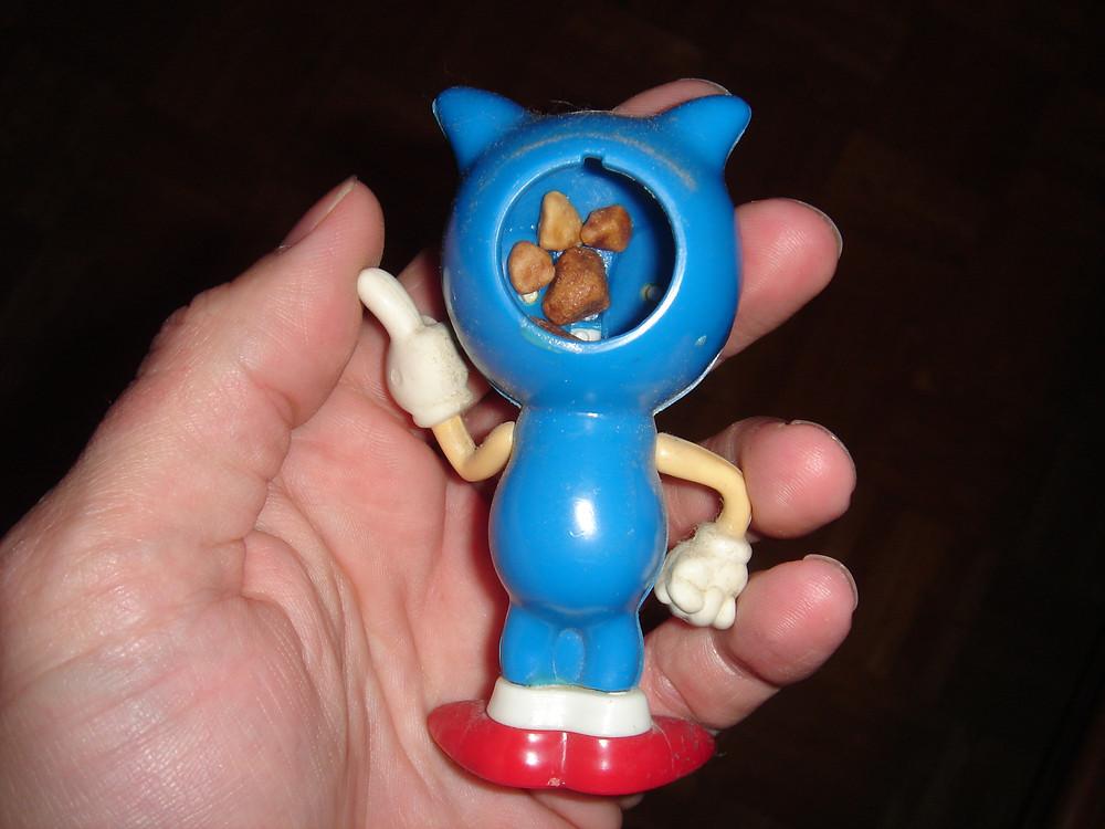 Sonic the Hedgehog gum dispenser.