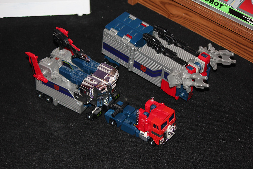 G1 Powermaster Optimus Prime Transformer God Ginrai God Bomber.