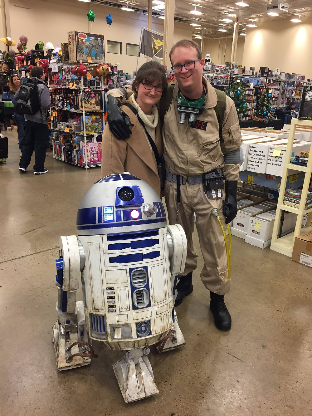 Steel City Comic Con Ghostbusters cosplay with R2-D2 Star Wars.
