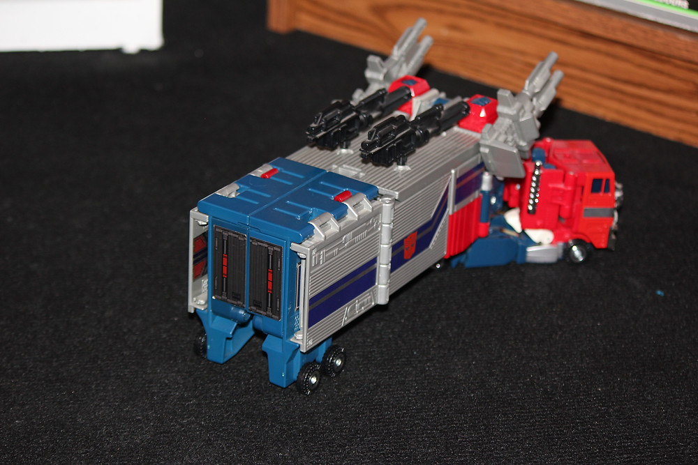 G1 Powermaster Optimus Prime Transformer.