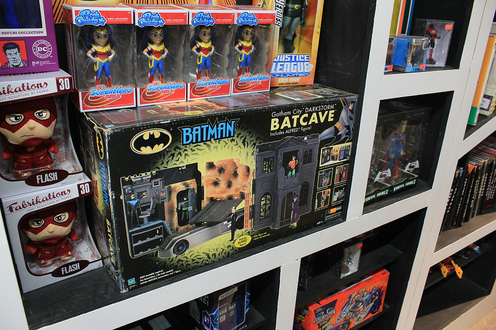 Hasbro Batcave playset