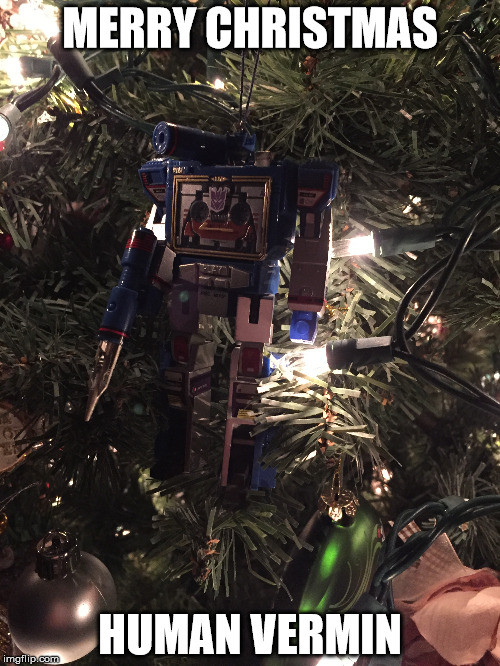 G-1 Transformer Soundwave Hallmark 2017 Christmas ornament.