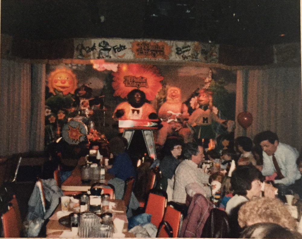 Rock-a-Fire Explosion '80s Chuck E. Cheese arcade photo.