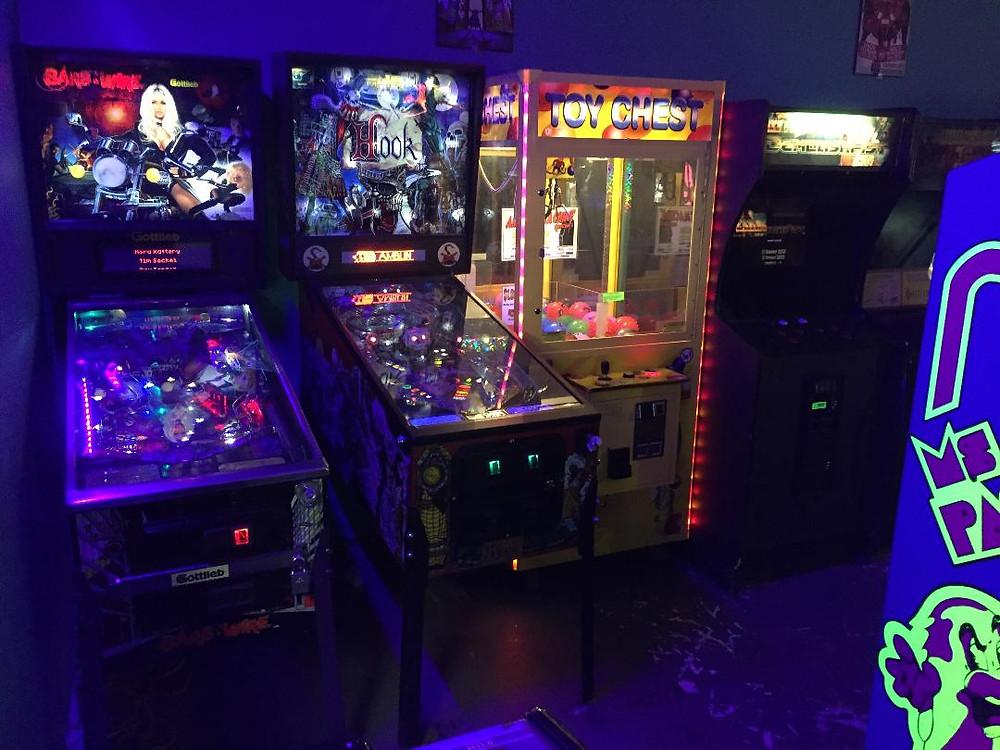 Barb Wire and Hook pinballs at Moonwalker Arcade in Vestal, NY.