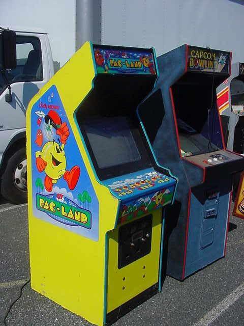 Pac-Land arcade game