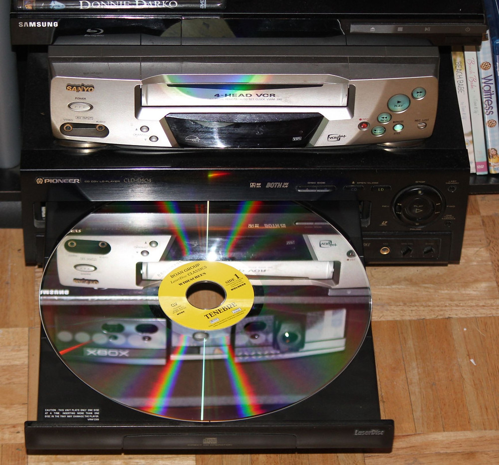 Pioneer LaserDisc LD player with Tenebre LaserDisc.