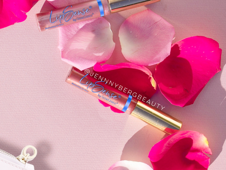 Shimmering Rose Petal Gloss Duo (Video)