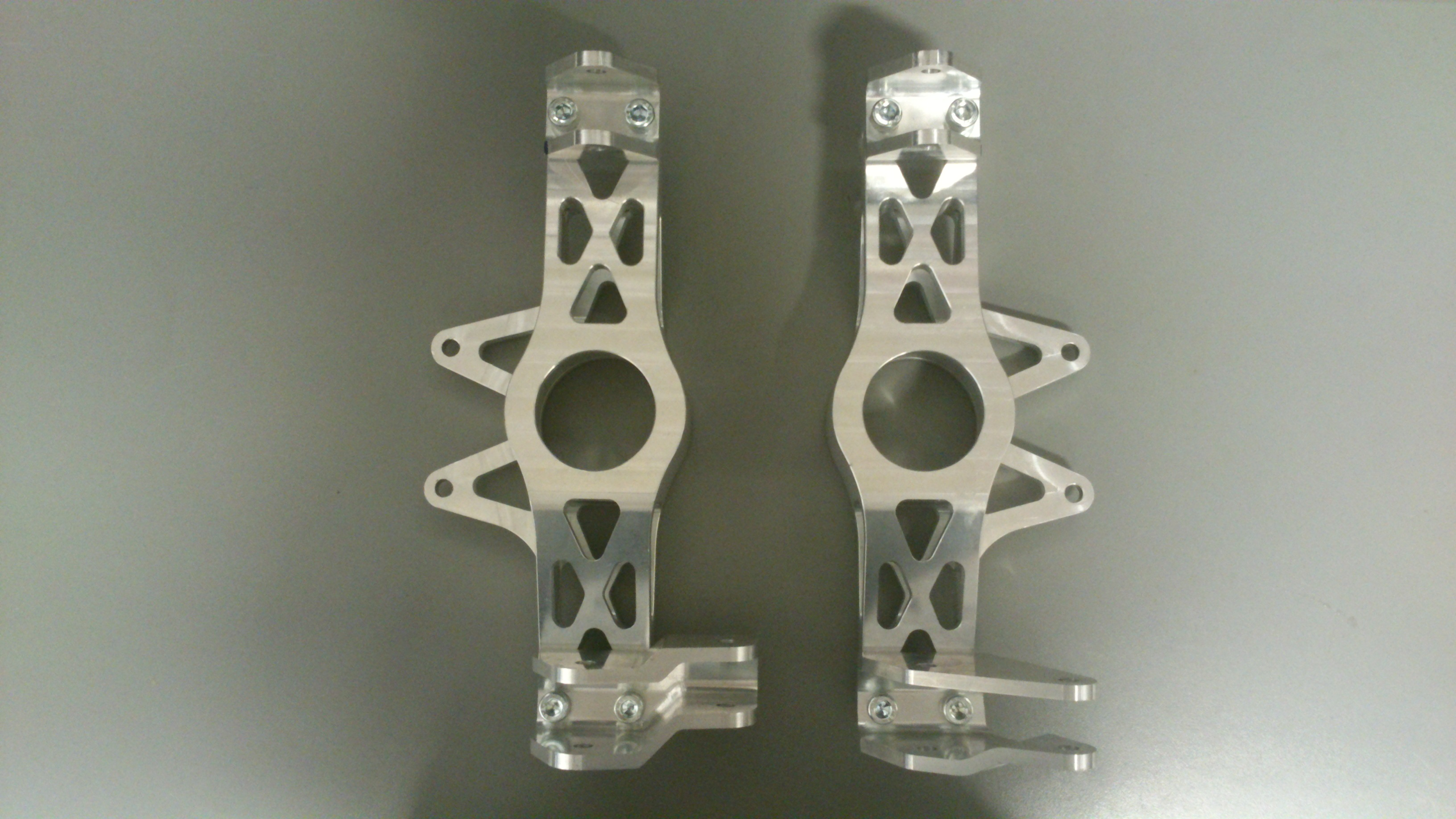 Front & Rear Uprights