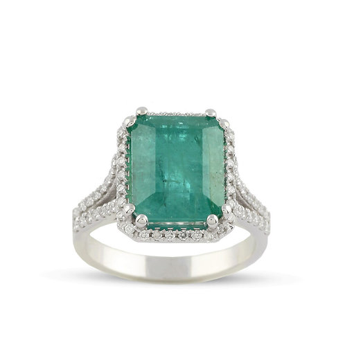 Emerald and Diamond 18K Ring