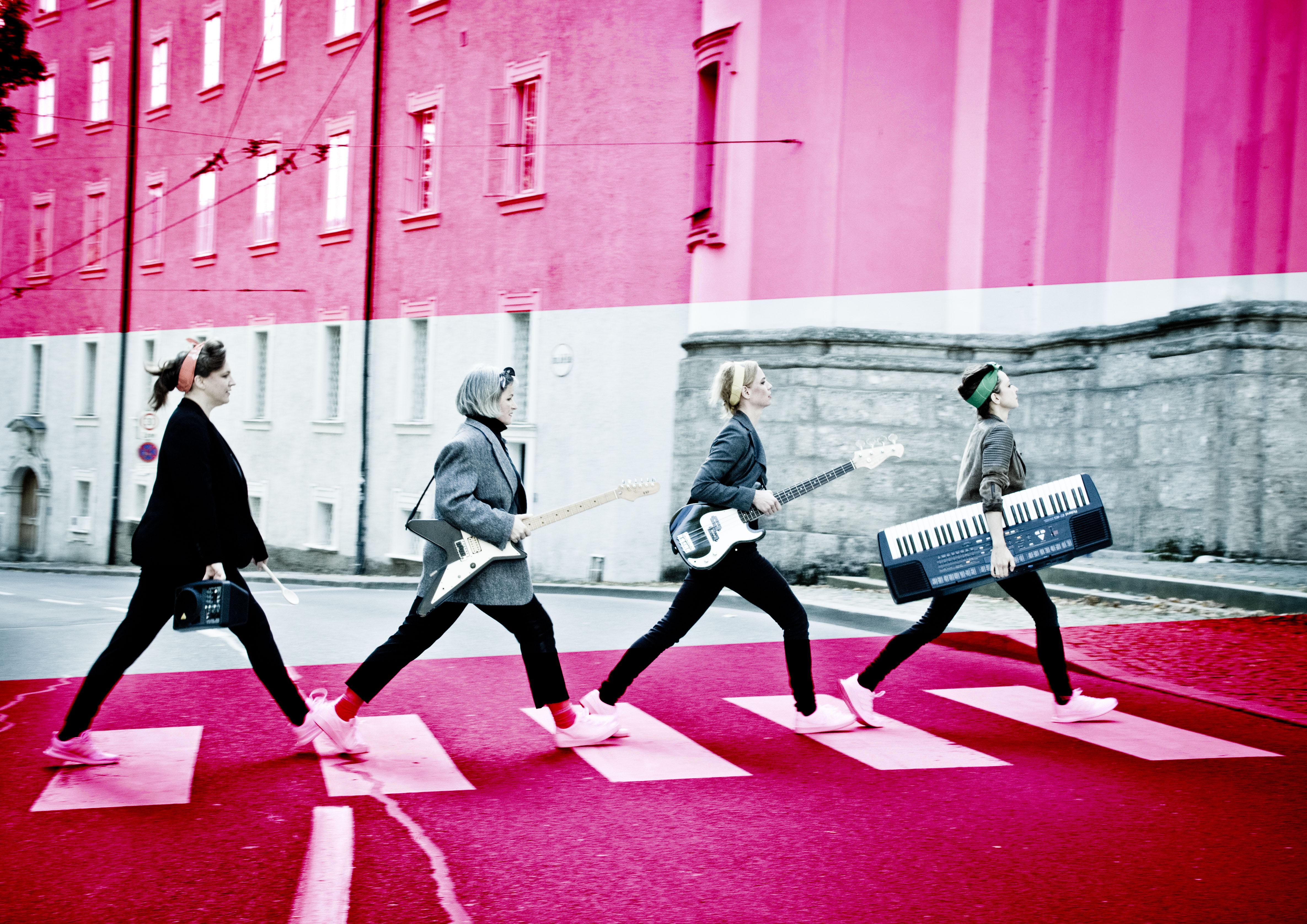 Austropopo_mix_-11_Flagge_pink_sujet_que