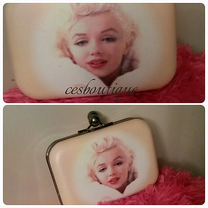 MISS MONROE STYLISH CLUTCH