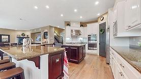 2800 loch kitchen.jpg